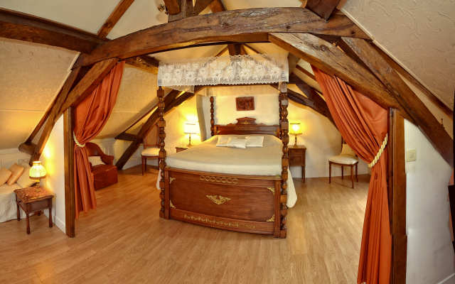 bed & breakfast chambre-Suite ' du chevalier ' argentier du roy